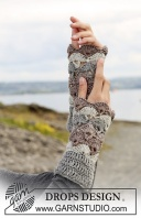 Crocheted Shell Wrist Warmers