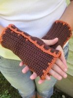 Timber Lily Fingerless Mitts